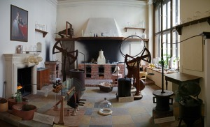 A typical scientists's laboratory from the 18th century (Photo by Sandstein via Wikimedia Commons)